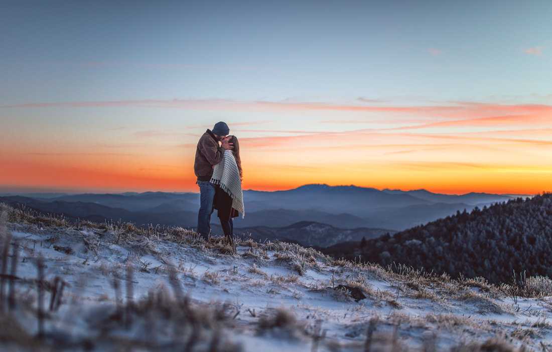roan-mountain-engagement-photos-00030_orig.jpg