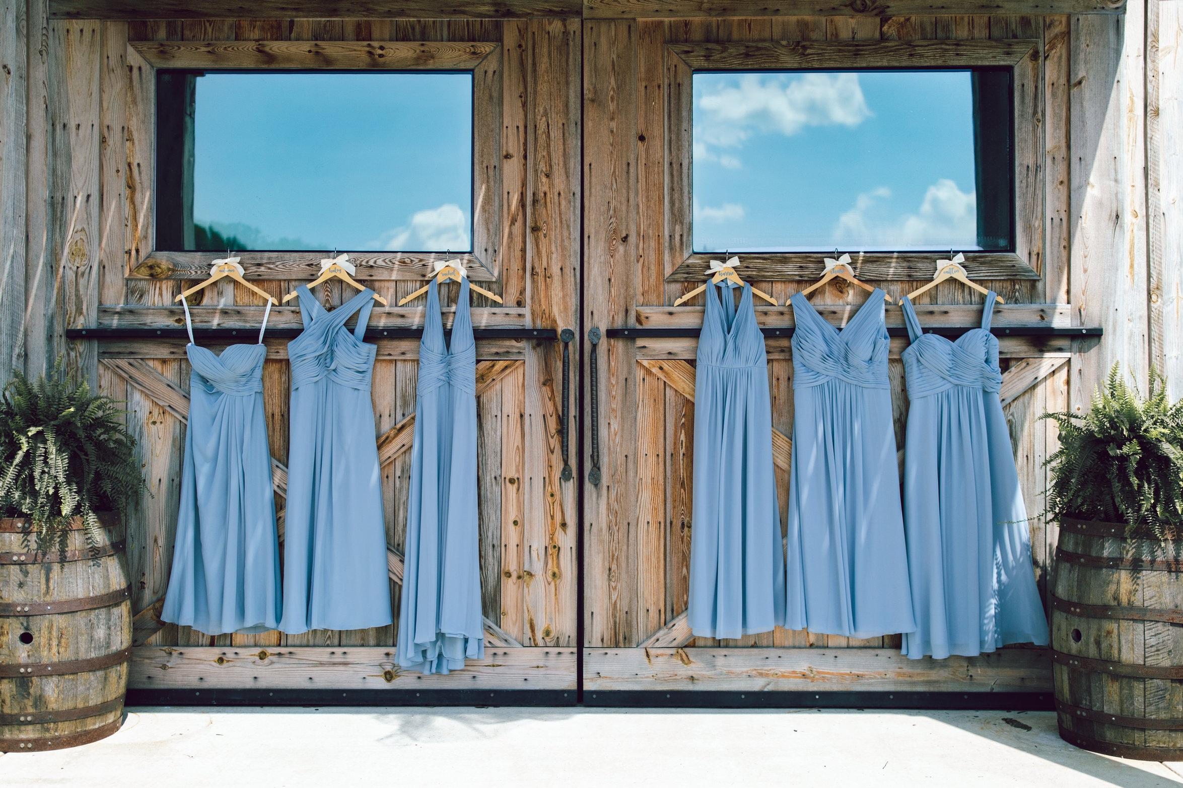 randi-schuette-photo-the-barn-at-heritage-farm-nc-wedding-edwards-details52.jpg