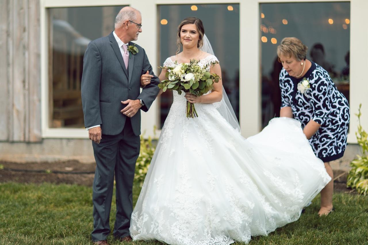 randi-schuette-photo-the-barn-at-heritage-farm-nc-wedding-edwards-ceremony29.jpg