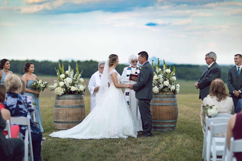 randi-schuette-photo-the-barn-at-heritage-farm-nc-wedding-edwards-ceremony51.jpg
