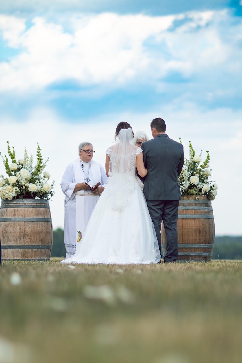 randi-schuette-photo-the-barn-at-heritage-farm-nc-wedding-edwards-ceremony49.jpg