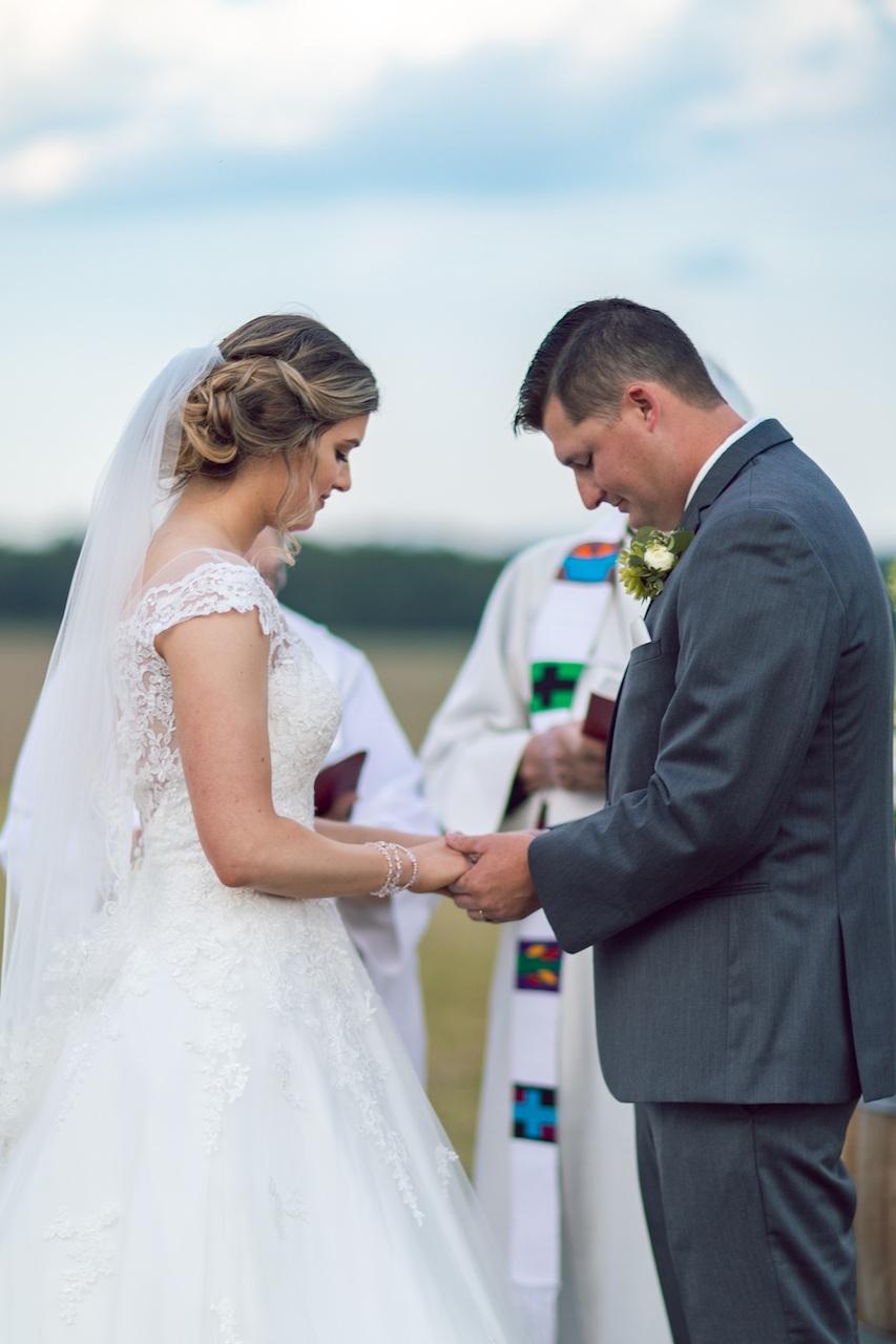 randi-schuette-photo-the-barn-at-heritage-farm-nc-wedding-edwards-ceremony62.jpg
