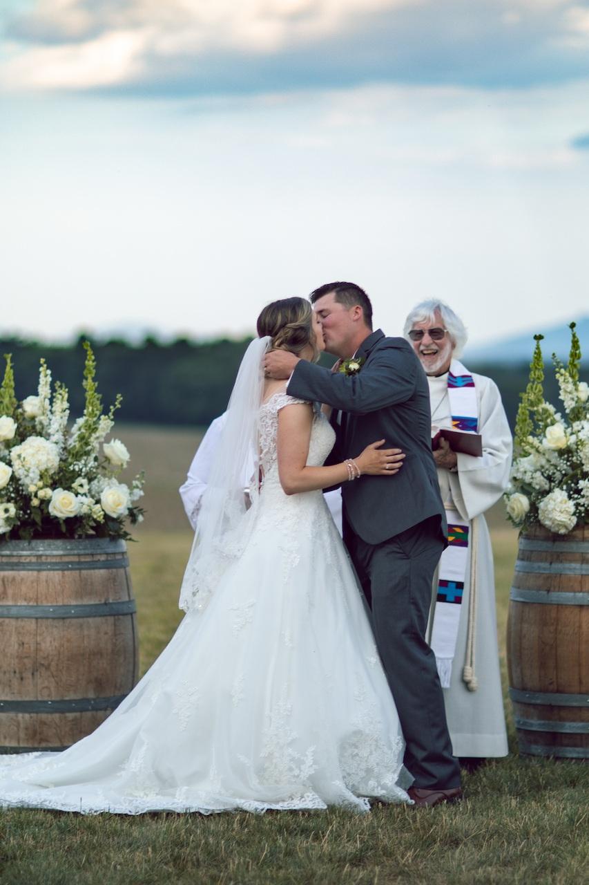 randi-schuette-photo-the-barn-at-heritage-farm-nc-wedding-edwards-ceremony68.jpg