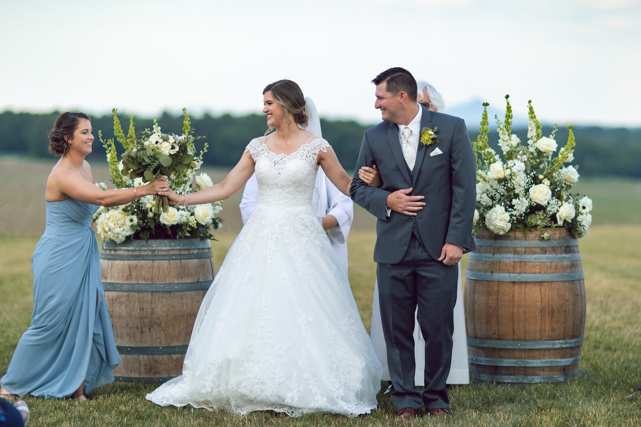 randi-schuette-photo-the-barn-at-heritage-farm-nc-wedding-edwards-ceremony75.jpg