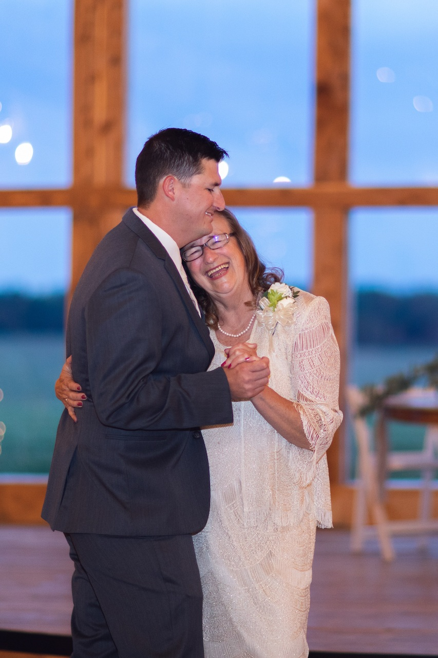 randi-schuette-photo-the-barn-at-heritage-farm-nc-wedding-edwards-reception47.jpg