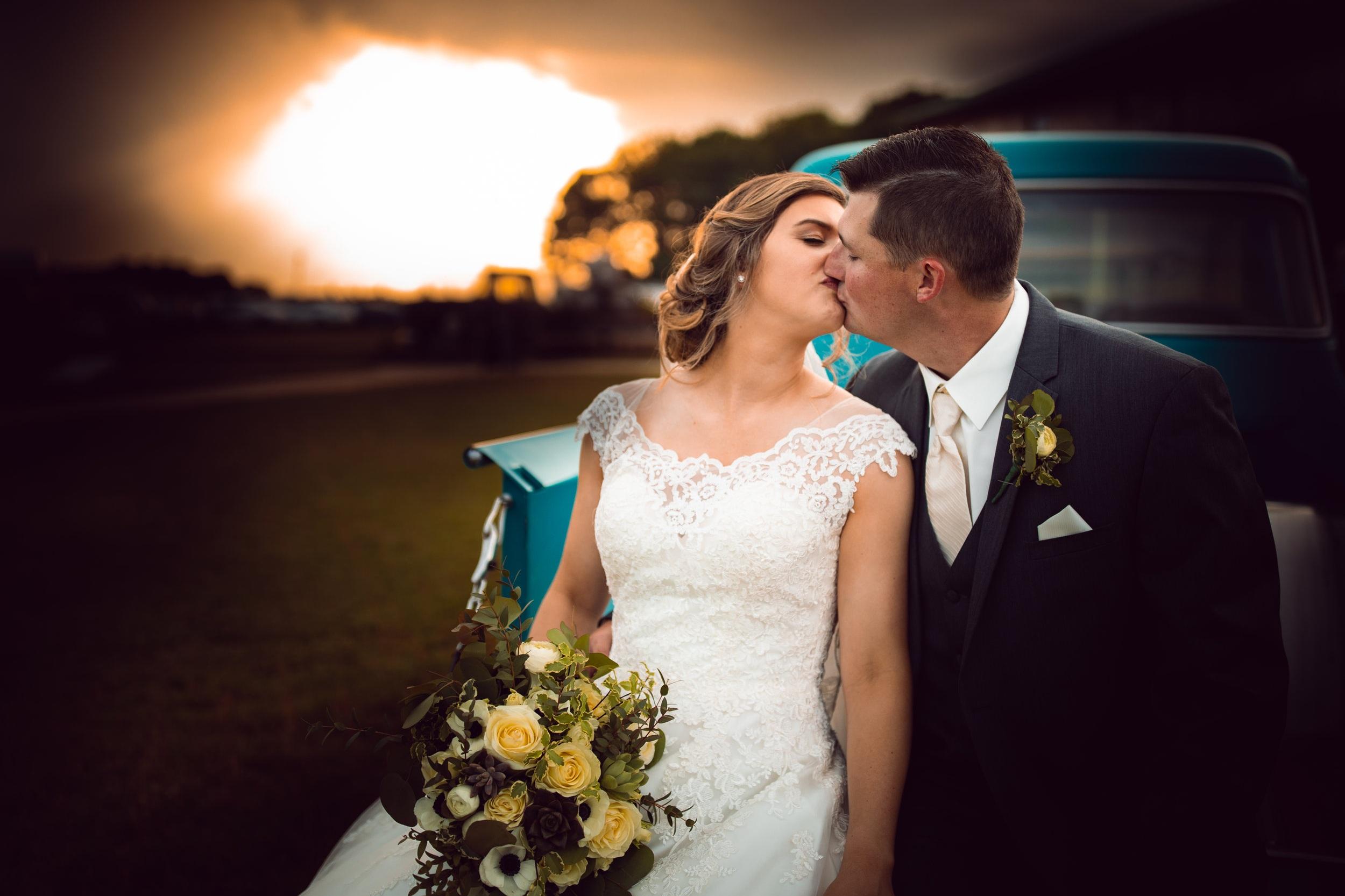 randi-schuette-photo-the-barn-at-heritage-farm-nc-wedding-edwards-portraits92.jpg