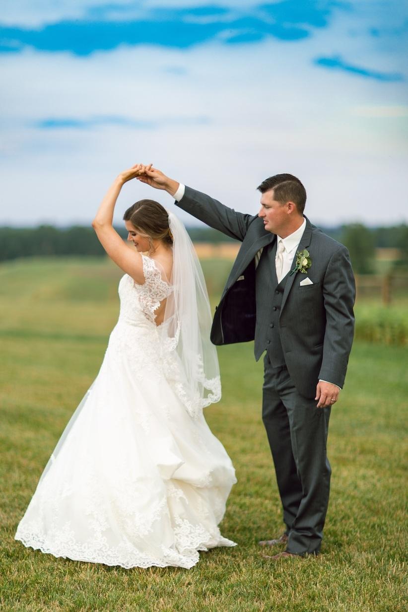 randi-schuette-photo-the-barn-at-heritage-farm-nc-wedding-edwards-portraits125.jpg