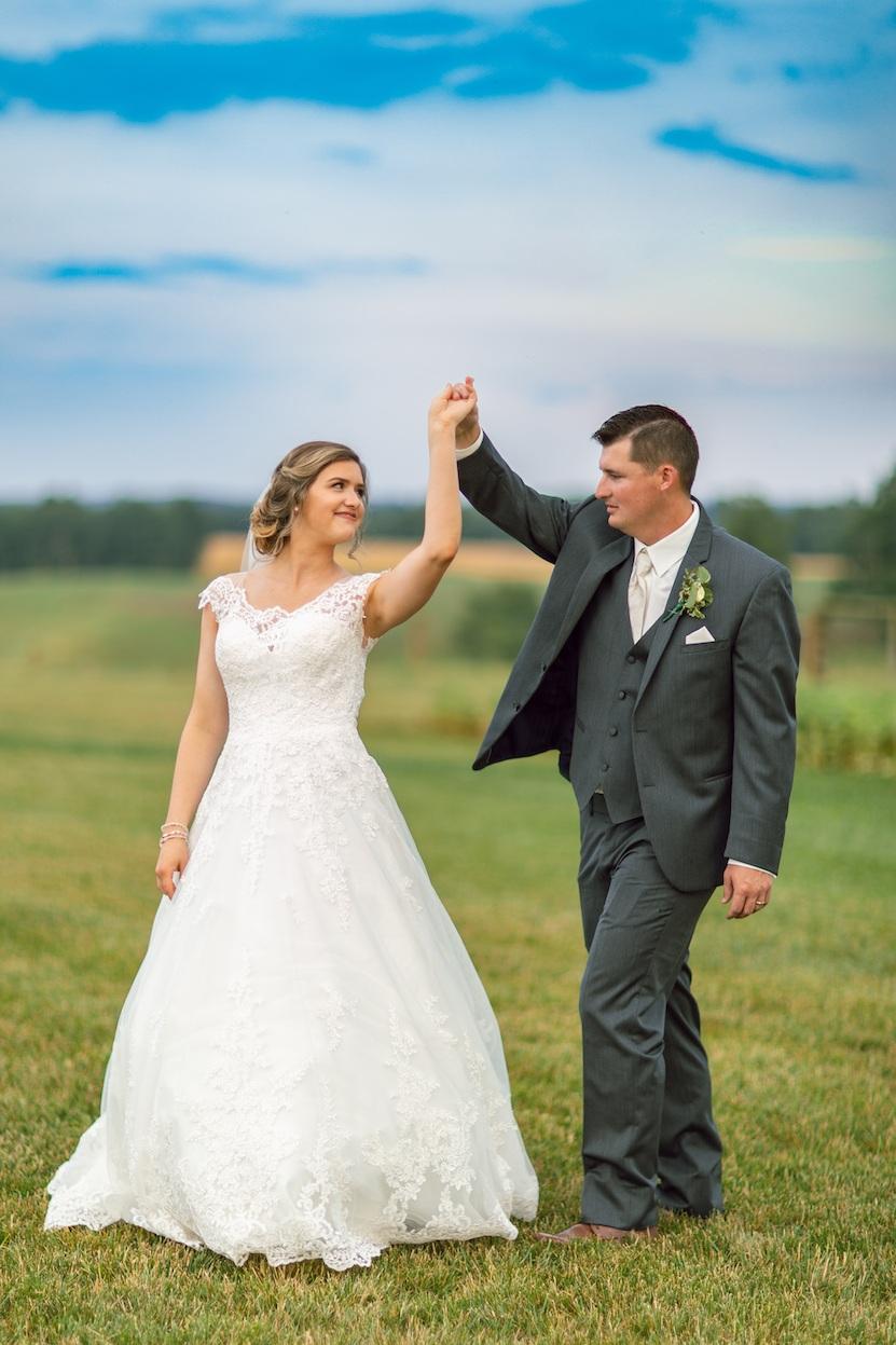 randi-schuette-photo-the-barn-at-heritage-farm-nc-wedding-edwards-portraits121.jpg