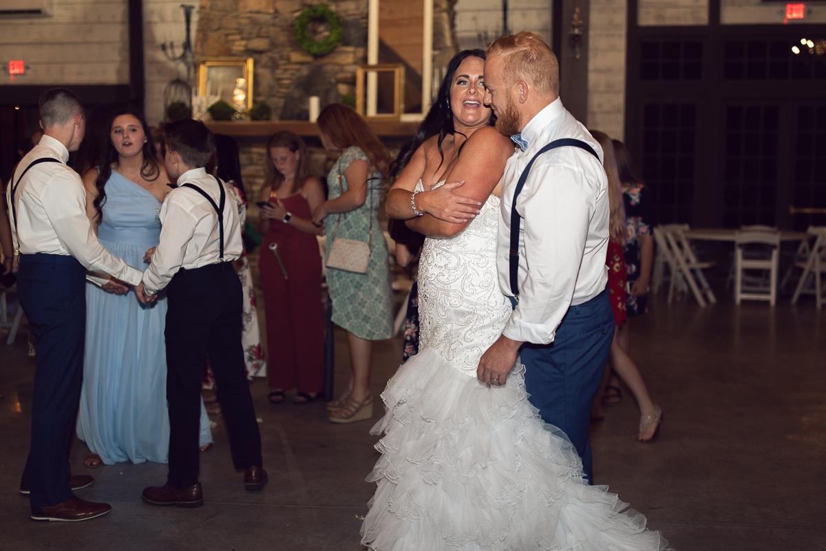 grace-meadows-farm-wedding-tn-reception-4134.jpg