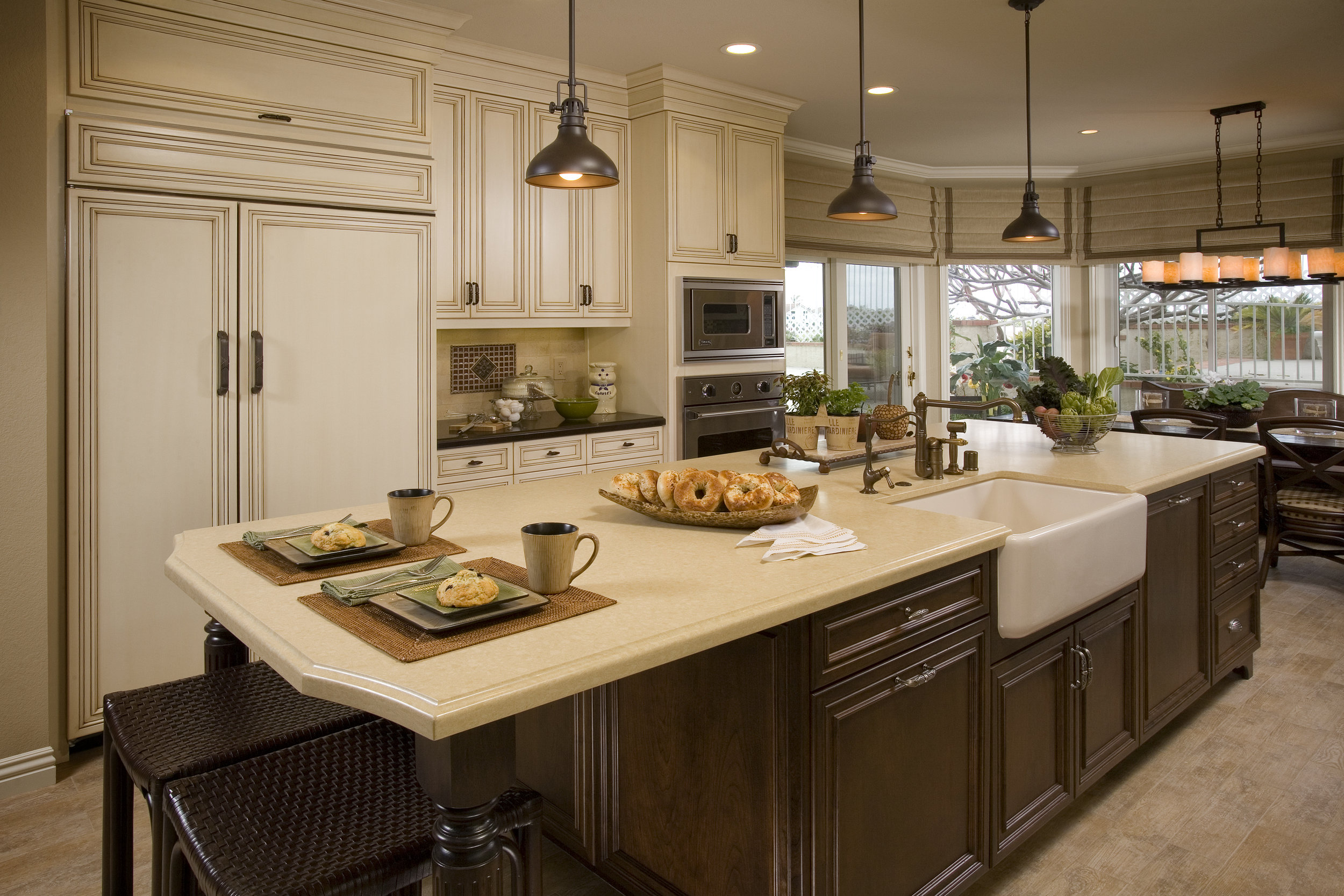 Harneyer_kitchen2-ret.jpg