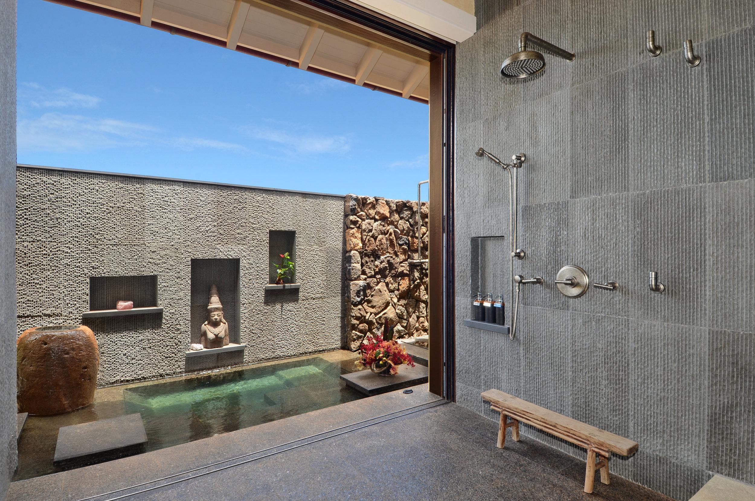 richmond_residence_master_bath1.jpg