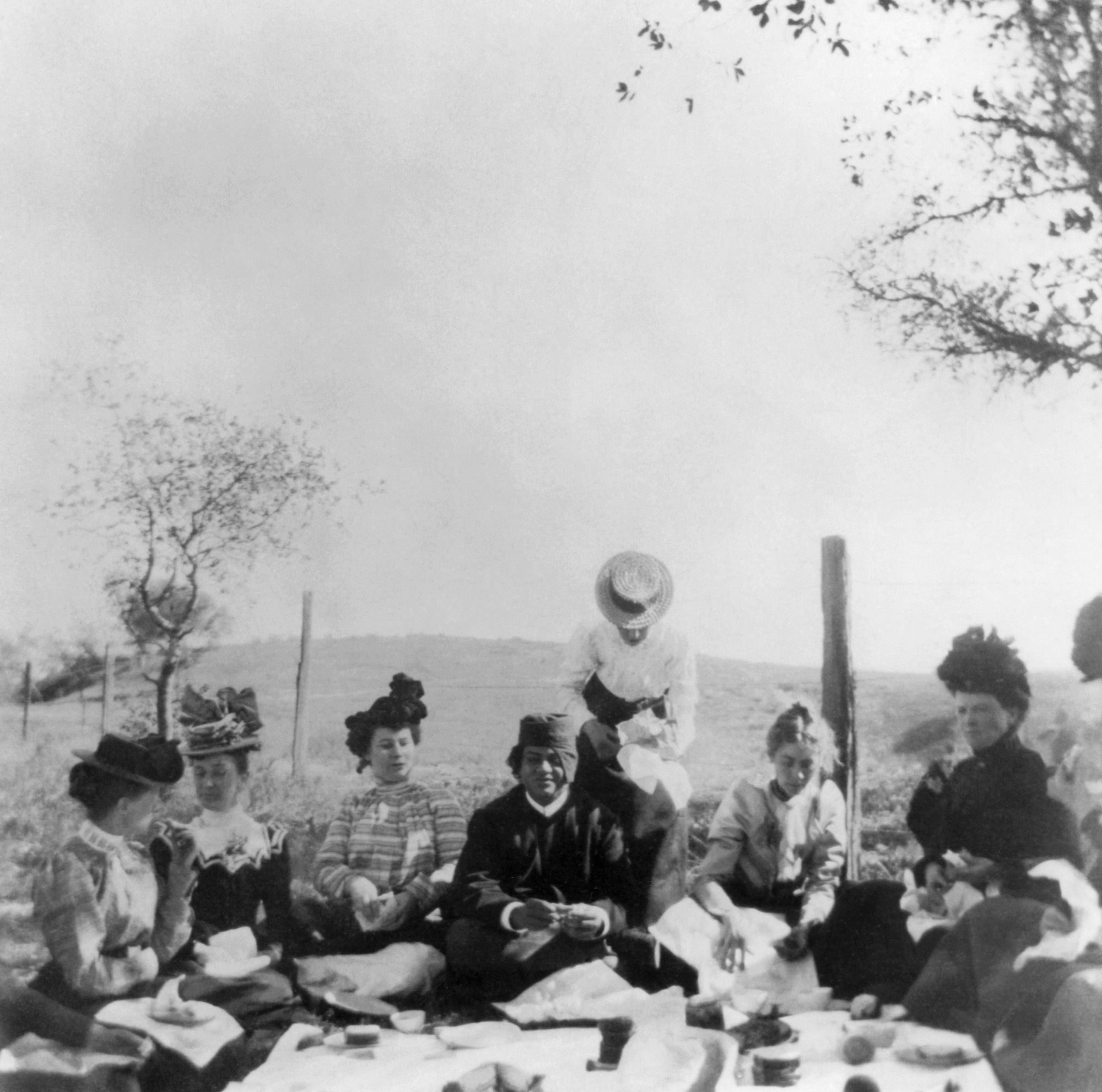 (#86) South Pasadena, California. Another picture of the picnic.