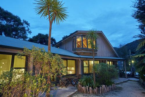 Awaroa Lodge Abel Tasman National Park - Family Rooms