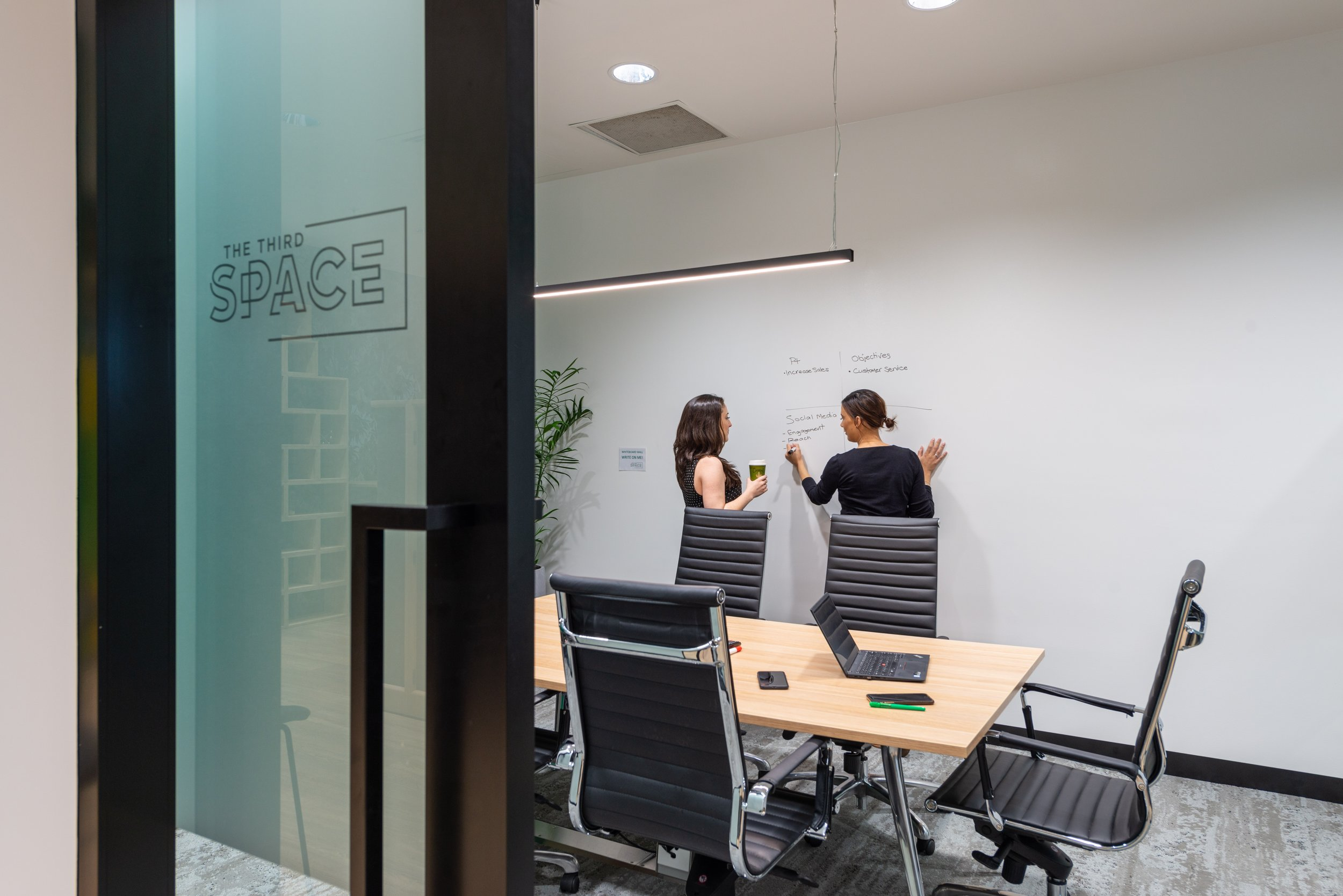Meeting Room: - Hourly Rate - $60.00Daily Rate - $360.00Minimum Booking - 1 Hour Members - 50% offRoom Inclusions: Seats 6 people   TV   Whiteboard Wall   Water & Mints  