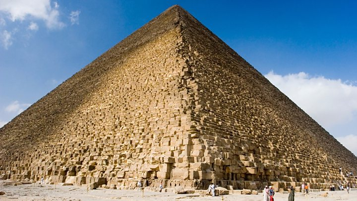 The daily supply of oxygen used by the world's population is equal to the weight of the great pyramid -