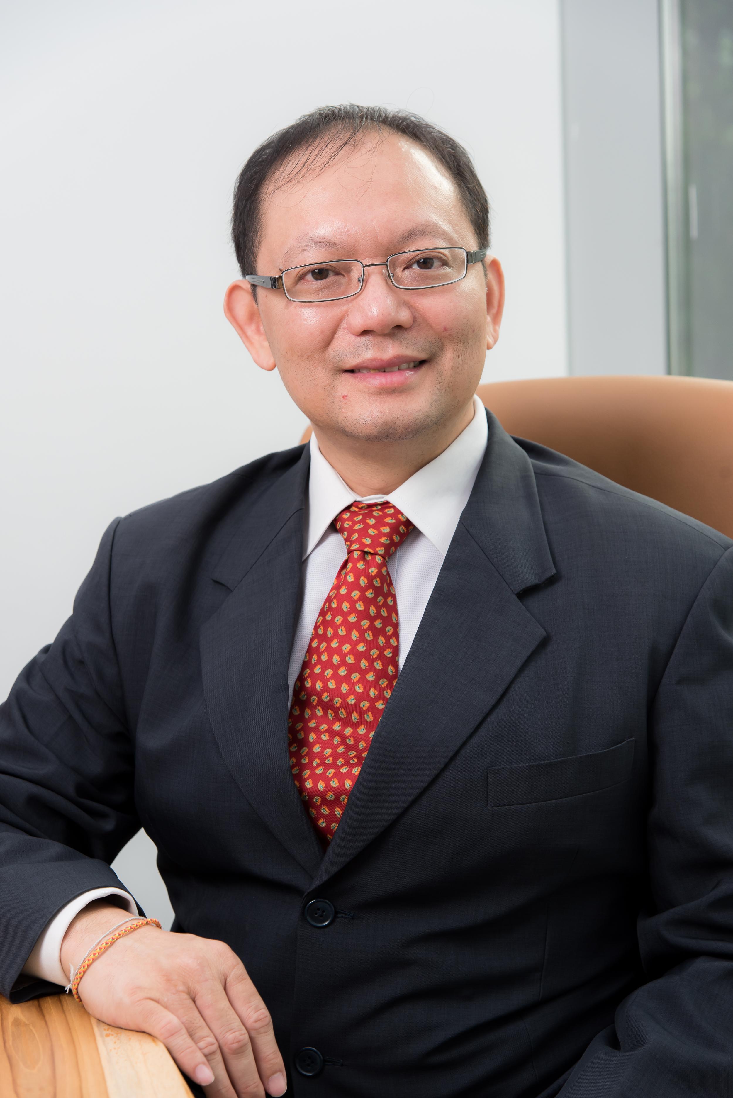 Paul Ho - Founder of iCompareLoan