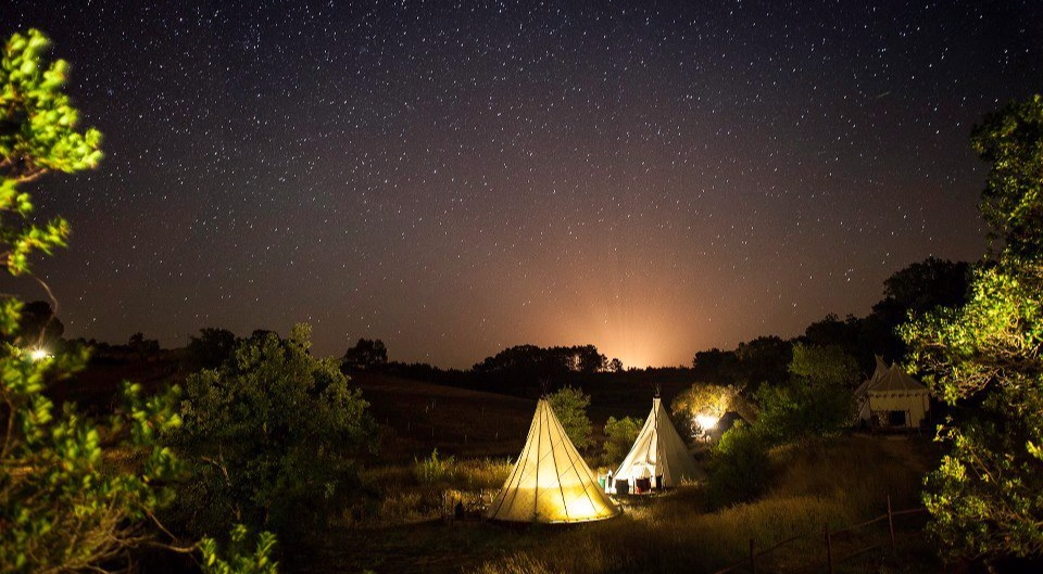 Night under the stars in 'A Terra' Eco Glamping