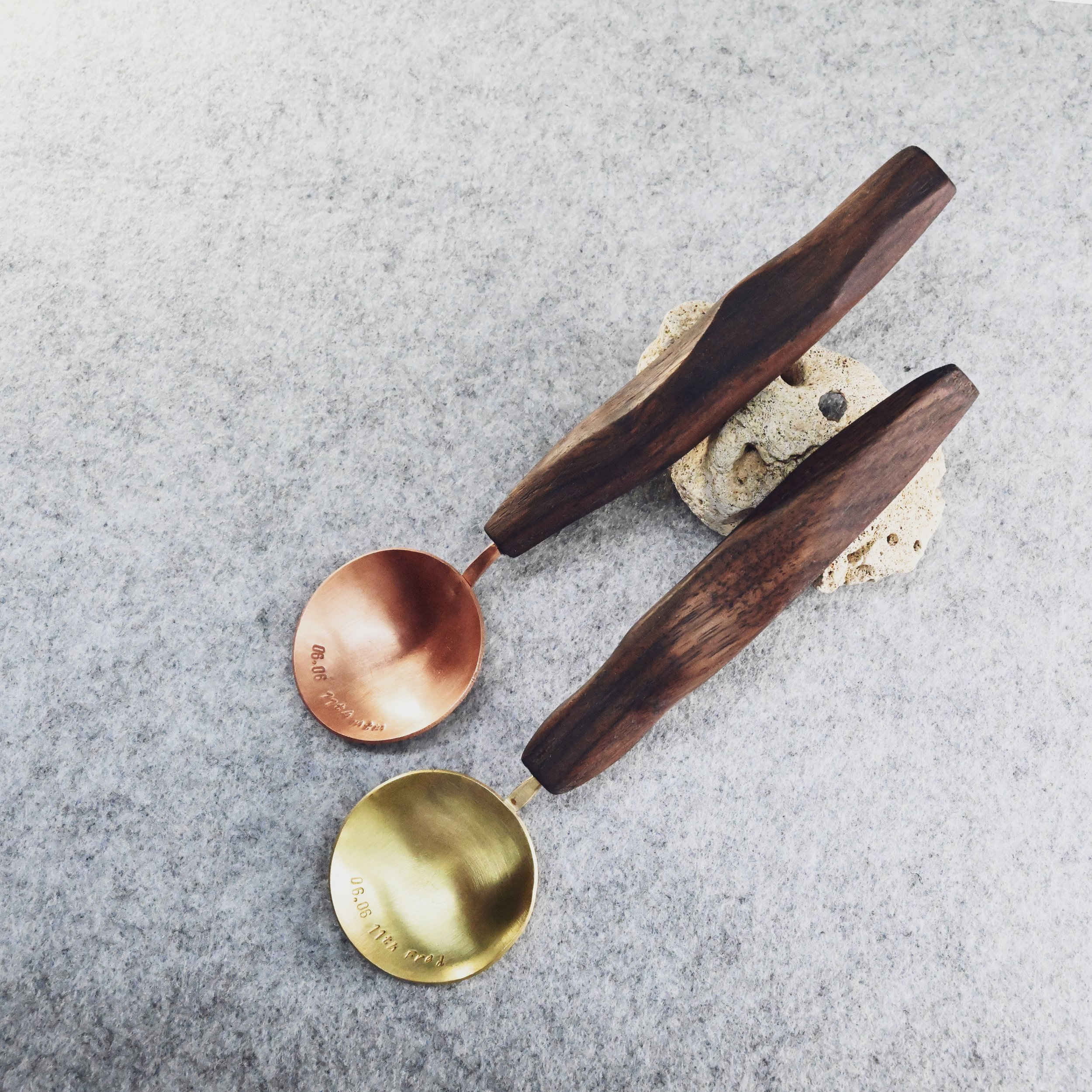 2.5hrs 銅匙製作班Copper spoon making - 適合新手/自稱手殘者如果你對餐具情有獨鍾,又想體驗如何手製屬於自己的銅匙,可以參加這個生活器具鍛打班~成品即日拎走