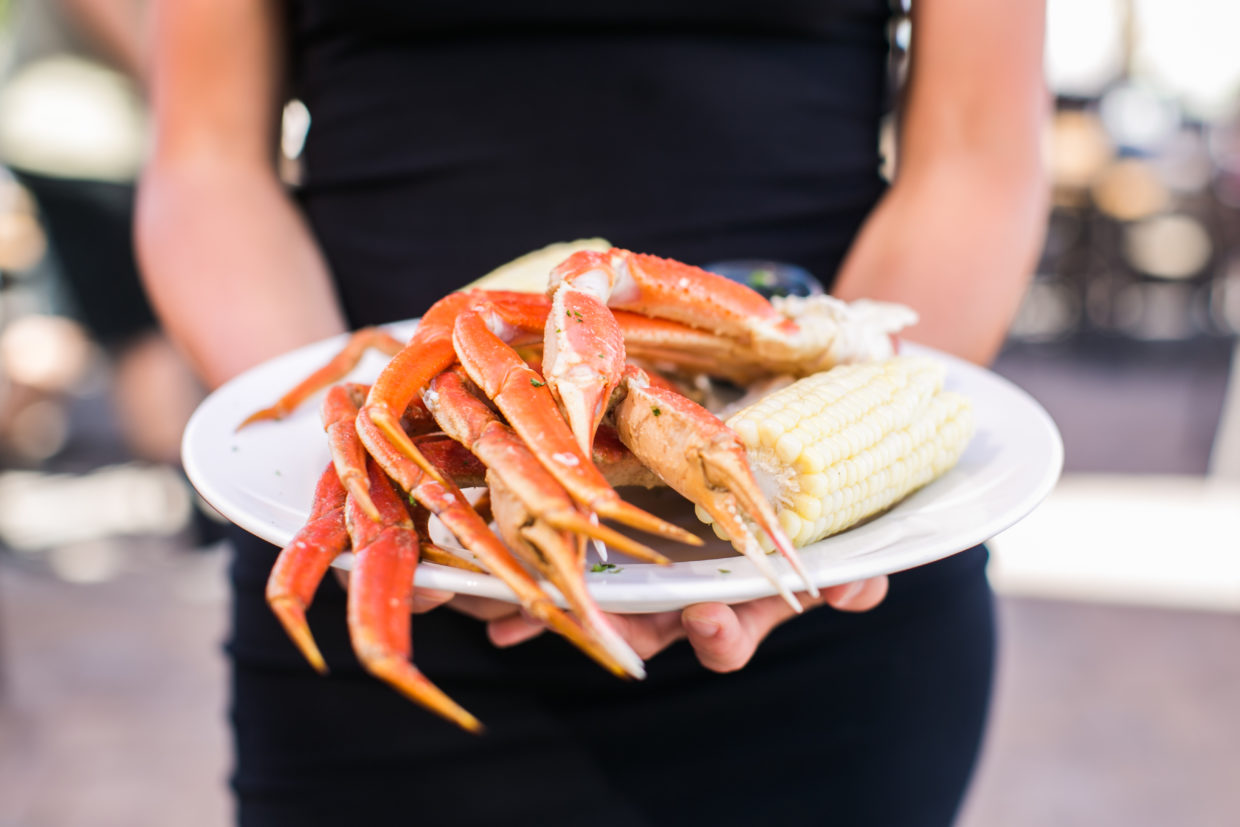 Join us for crab night on Sunday & Monday!
