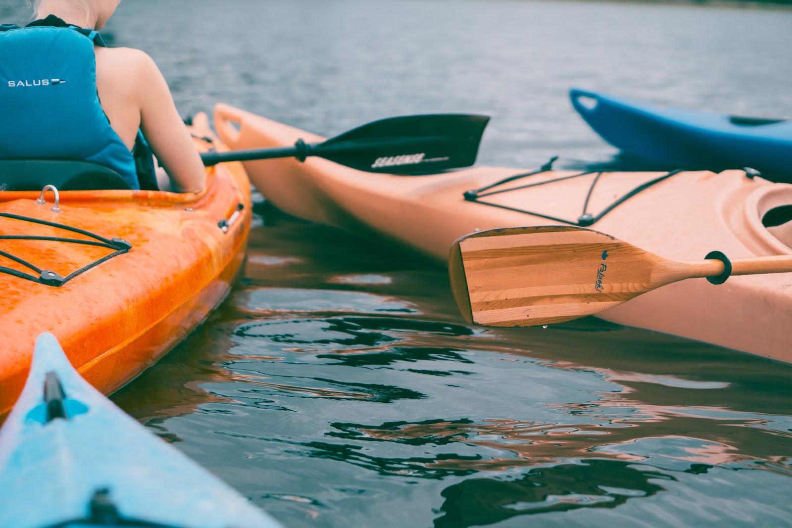 Kayak nadim-merrikh-307874-unsplash-2.jpg