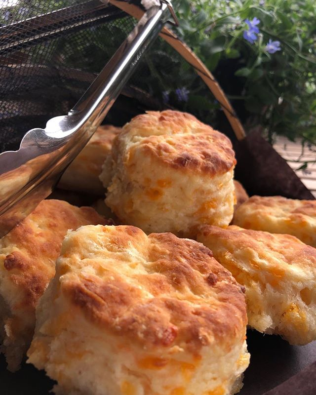 Serving up some warm southern biscuity goodness this morning at the market. Stop in for your freshly baked buttermilk or cheddar biscuit while they last! @socofoodandbar