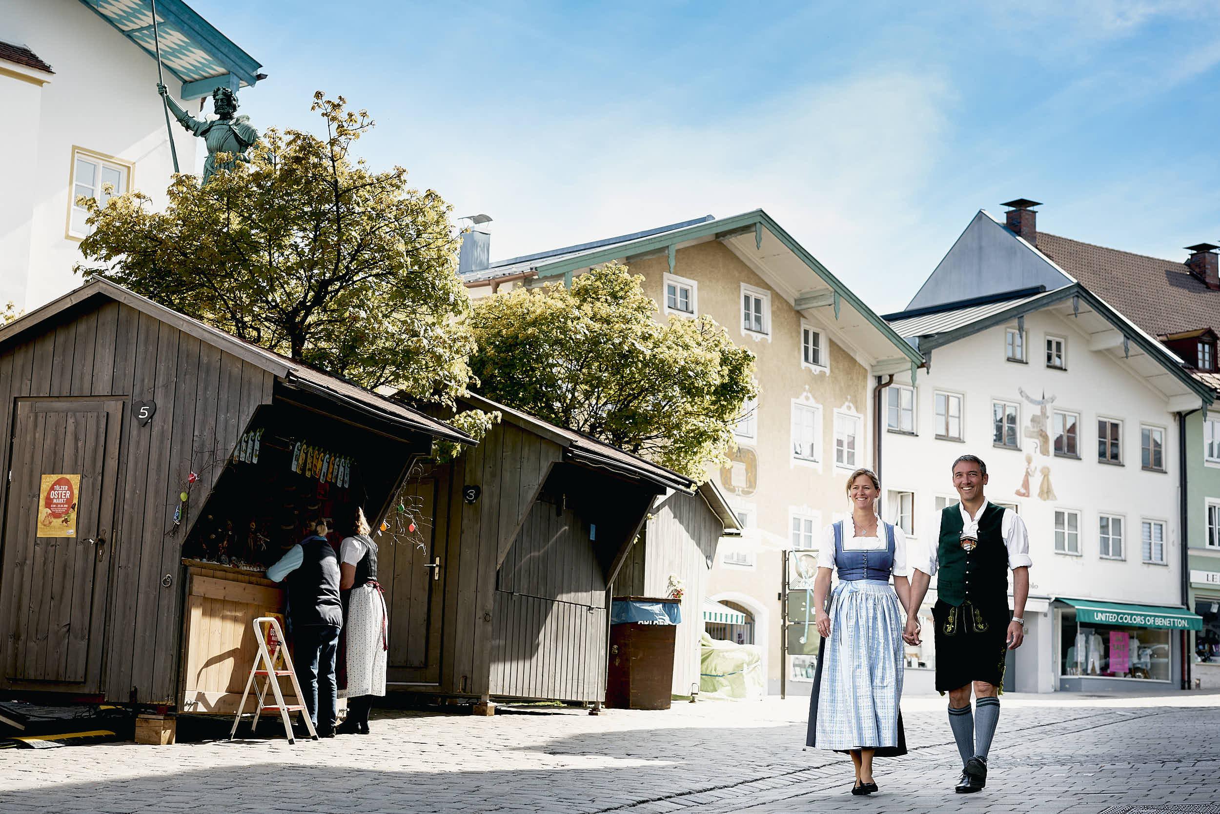 Ingo Mehner mit seiner Frau Stephanie. Beide wohnen mit Ihren Kindern in einem Reihenhaus in Bad Tölz.