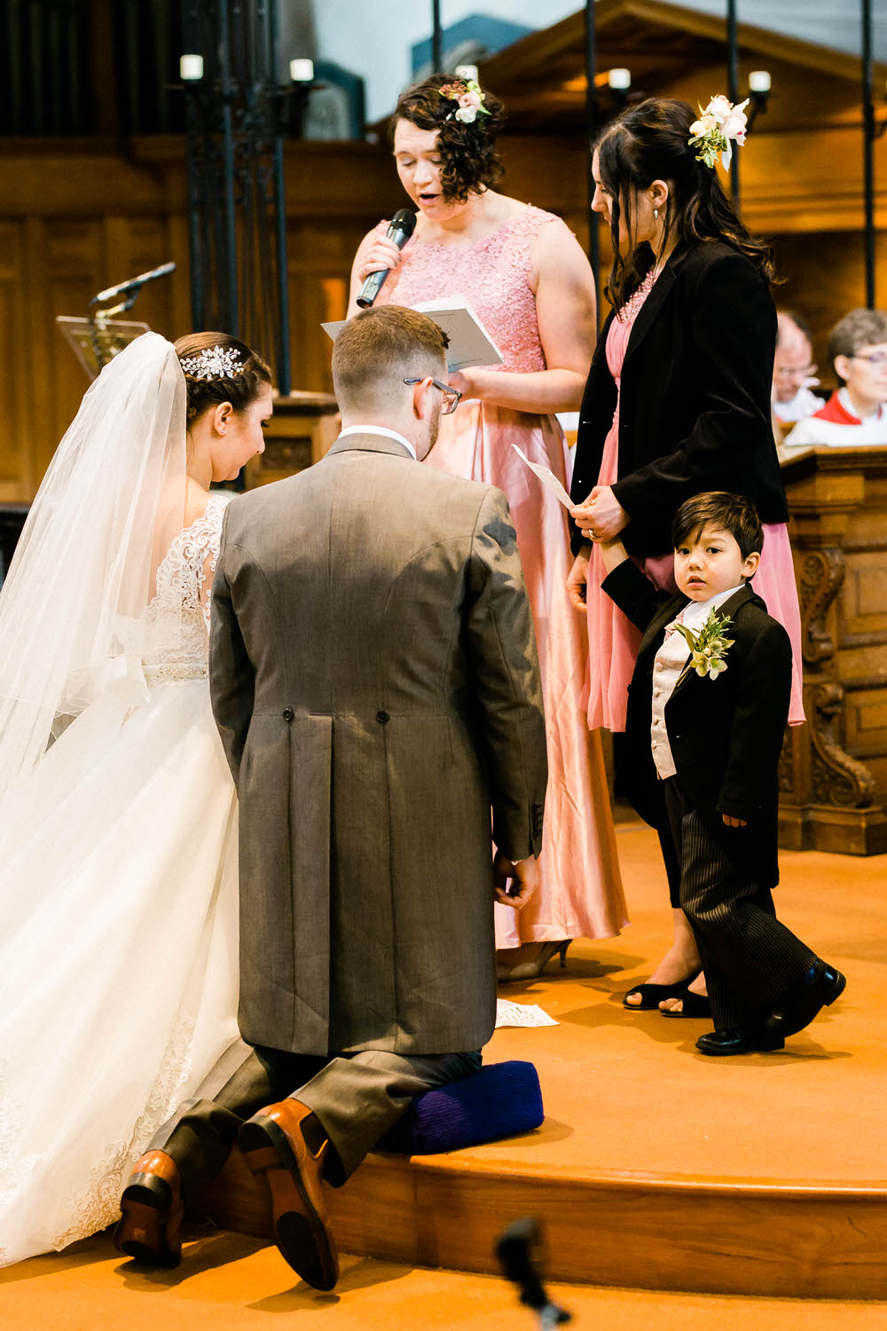 Cheltenham-Wedding-Photographer-Winter-Wedding-Christ-Church-vows.jpg