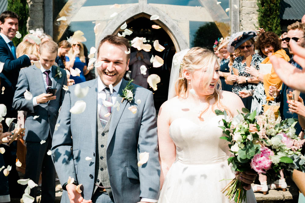Special-Day-Photography-Cripps-Barn-Cirencester-Gloucester-Barn-Wedding-Confetti-throw-outside-in-the-countryside.jpg
