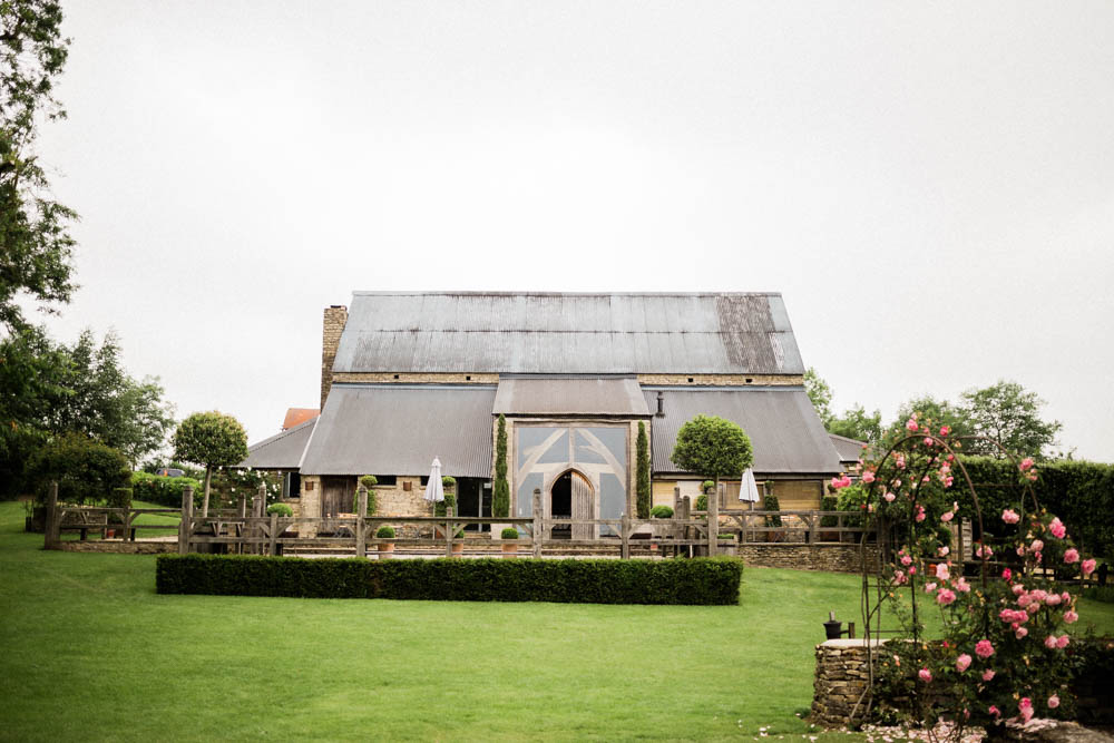 Special-Day-Photography-Cripps-Barn-Cirencester-Gloucester-Barn-Wedding-the-wedding-venue-exterior.jpg