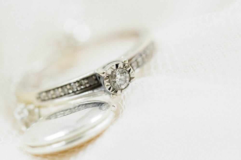 Special-Day-Photography-Cripps-Barn-Cirencester-Gloucester-Barn-Wedding-wedding-ring-macro-closeup.jpg
