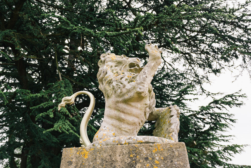 Special-Day-Photography-Manor-By-The-Lake-Cheltenham-Manor-By-The-Lake-50s-Wedding-Garden-ornaments.jpg