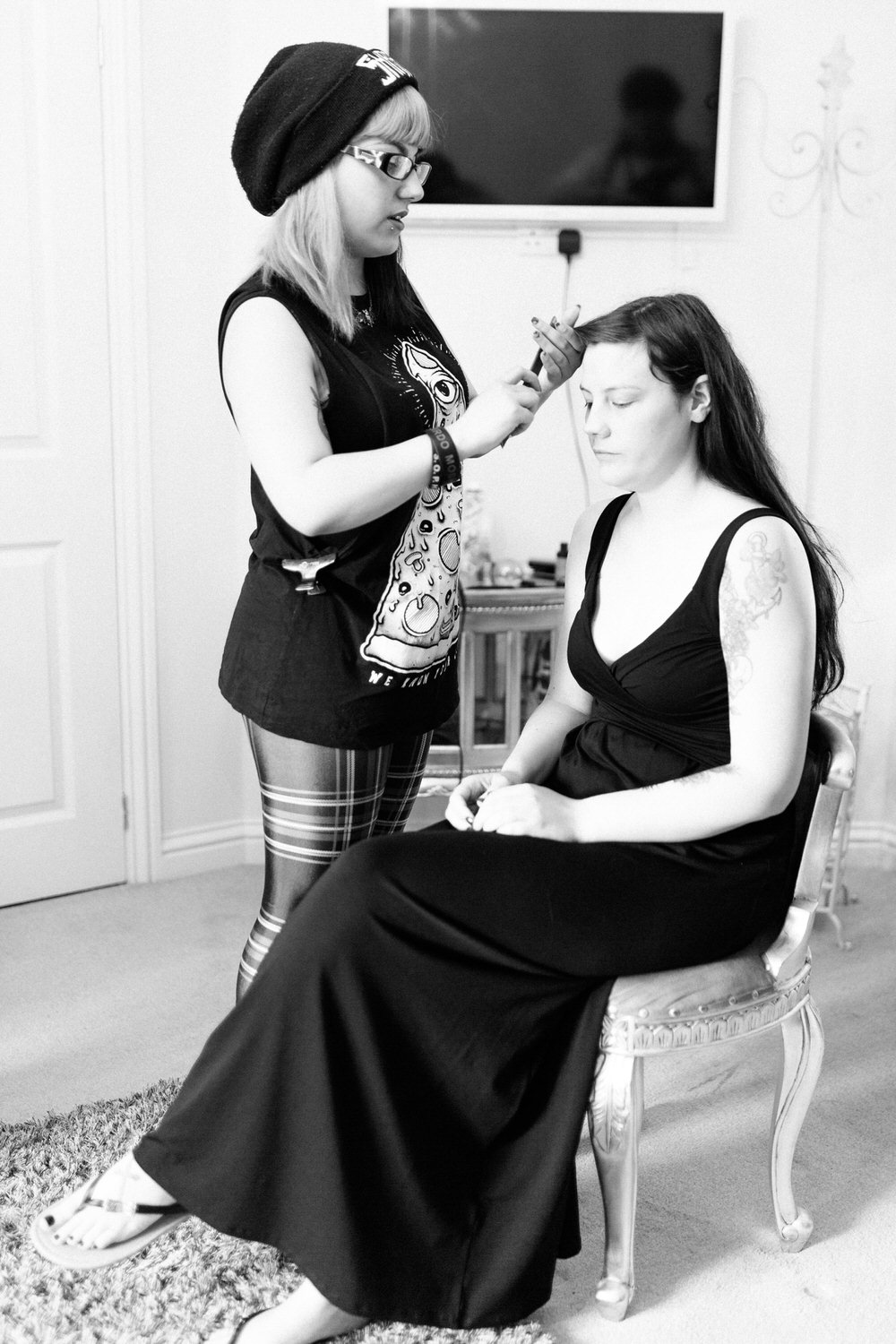 Special-Day-Photography-Manor-By-The-Lake-Cheltenham-Manor-By-The-Lake-50s-Wedding-The-bride-gets-ready-with-MUA.jpg