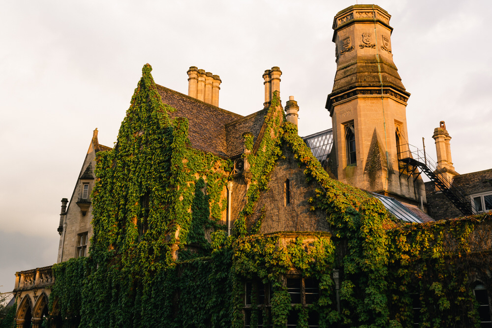 Special-Day-Photography-Manor-By-The-Lake-Cheltenham-Manor-By-The-Lake-50s-Wedding-venue-at-sunset.jpg