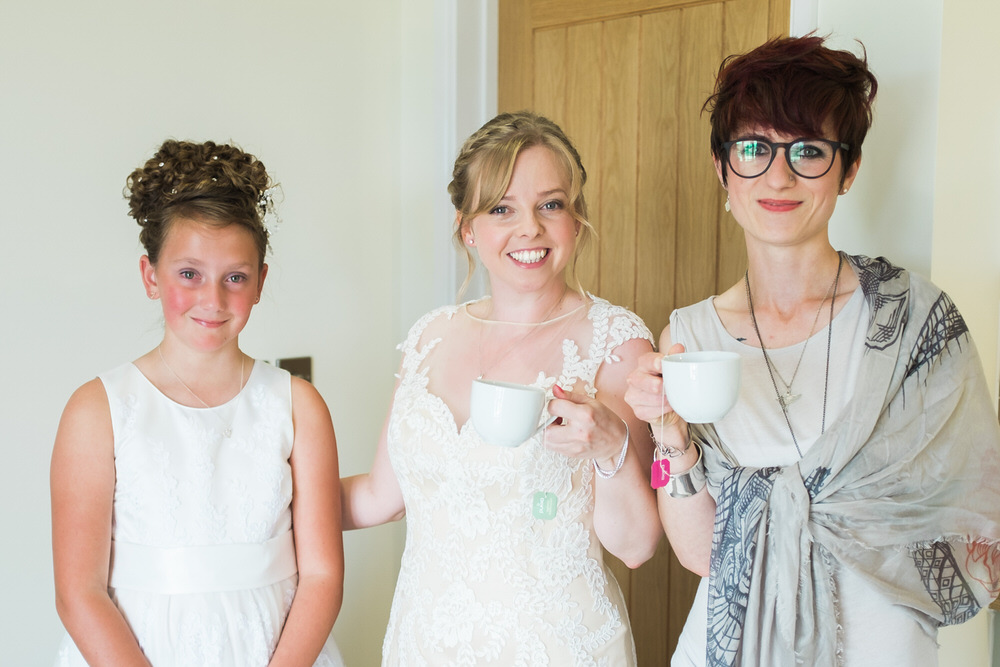 Special-Day-Photography-The-Bringewood-Ludlow-The-Bringewood-Hillside-Wedding-The-bride-has-tea-with-friends.jpg