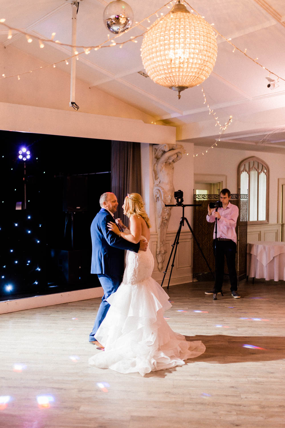 Special-Day-Photography-Manor-By-The-Lake-Cheltenham-Cheltenham-Manor-Wedding-first-dance.jpg