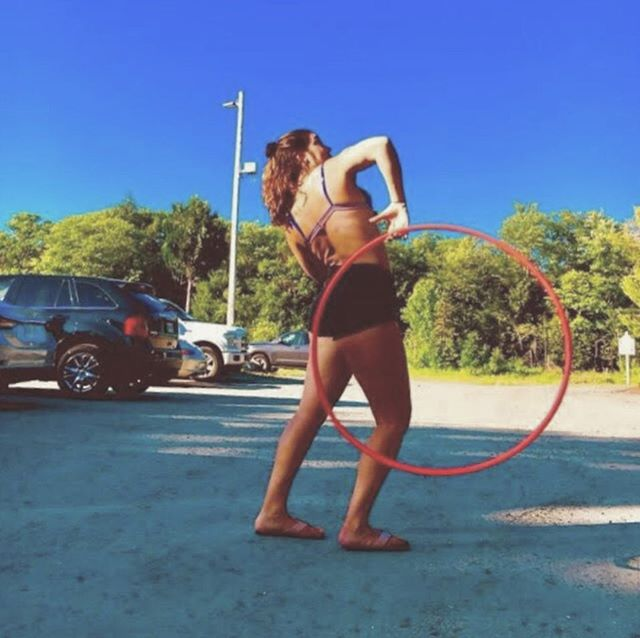 Let the countdown begin! Avonlea's Beginner HulaHoop Workshop is TWO WEEKS AWAY! 💕 Sign up at the studio to reserve your spot for this awesome class before it fills up! 🤸🏼♀️ $20+HST (15% off for members!) 🌿✨ Follow her @heavenlyhooping to see some sneak peeks! ⠀ •⠀ •⠀ •⠀ #hulahoop #hooplove #beyogawellness #hulahoopworkshop #beyoga #burlONT