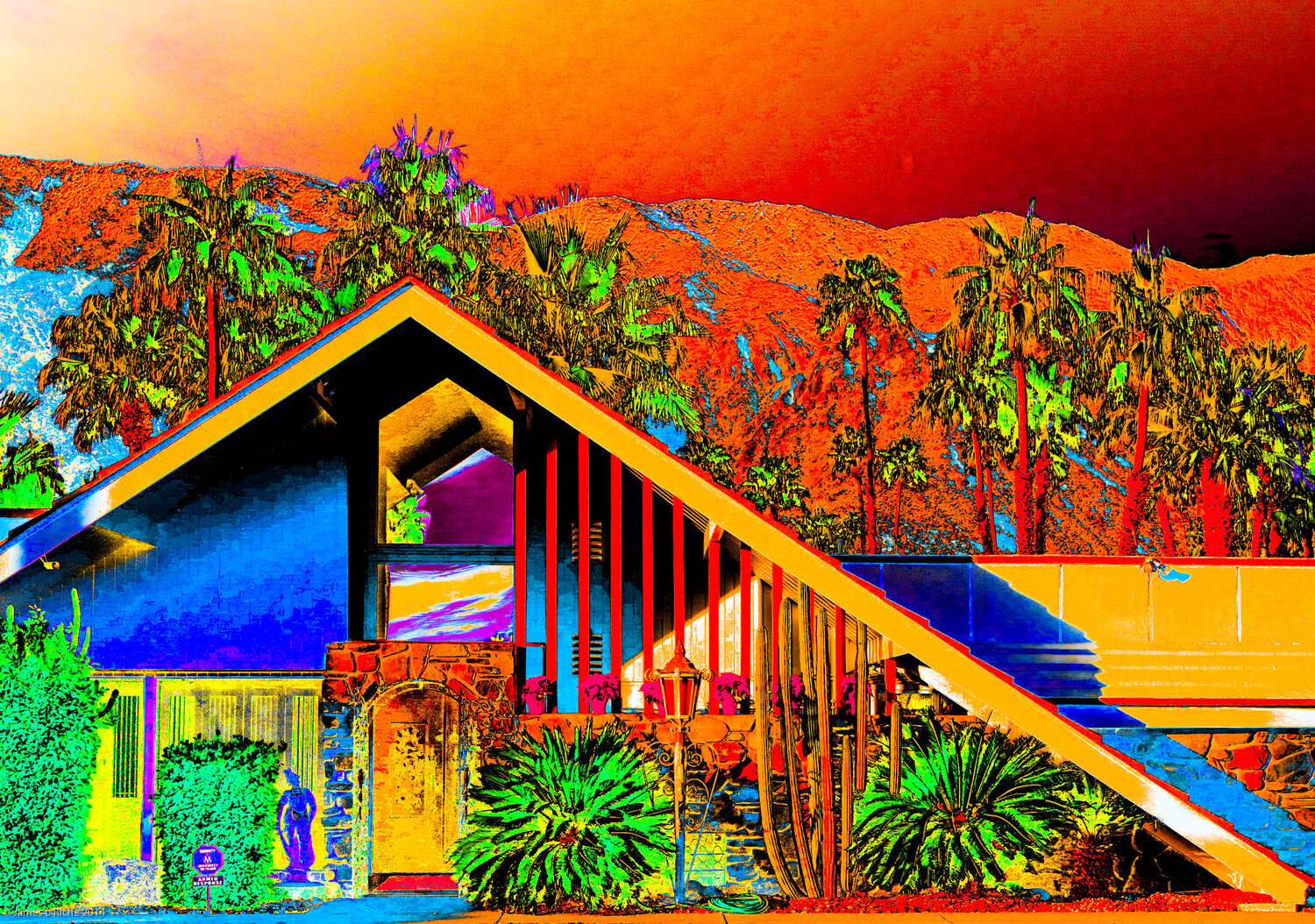 Palm Springs A-Frame in Red