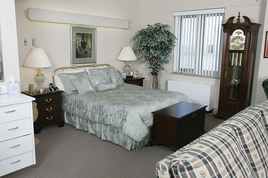 Altenheim Resident's Spacious Bedroom
