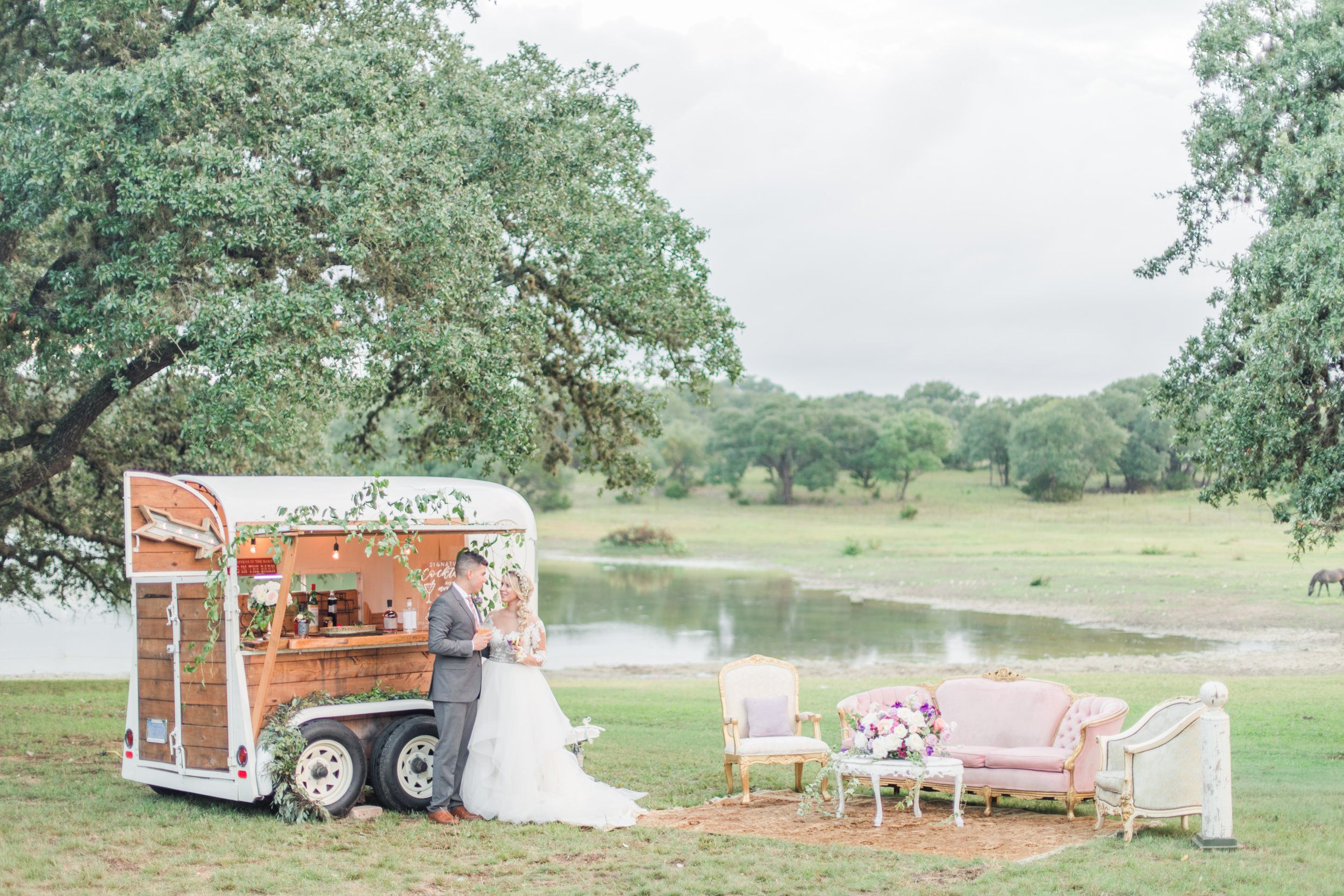 Carriage Hills Ranch - Texas Hill Country Venue - bar services