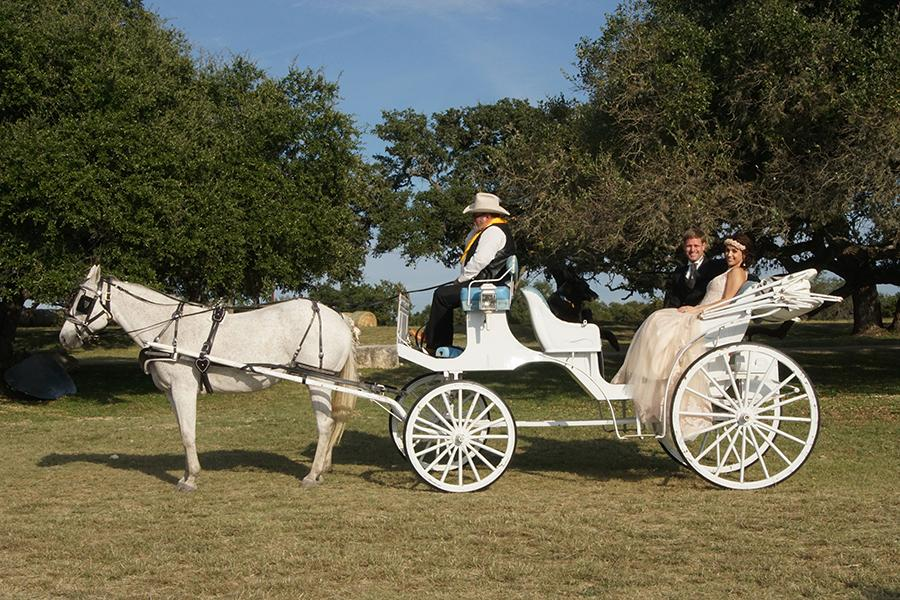 Carriage Hills Ranch - Texas Hill Country Venue -  carriage ride