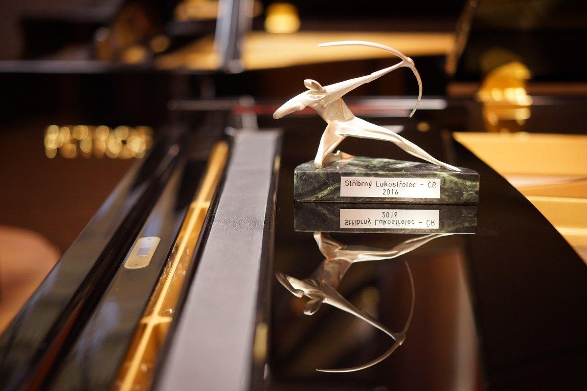 Oceneni-Stribrny-Lukostrelec_2016-1200x800.jpg