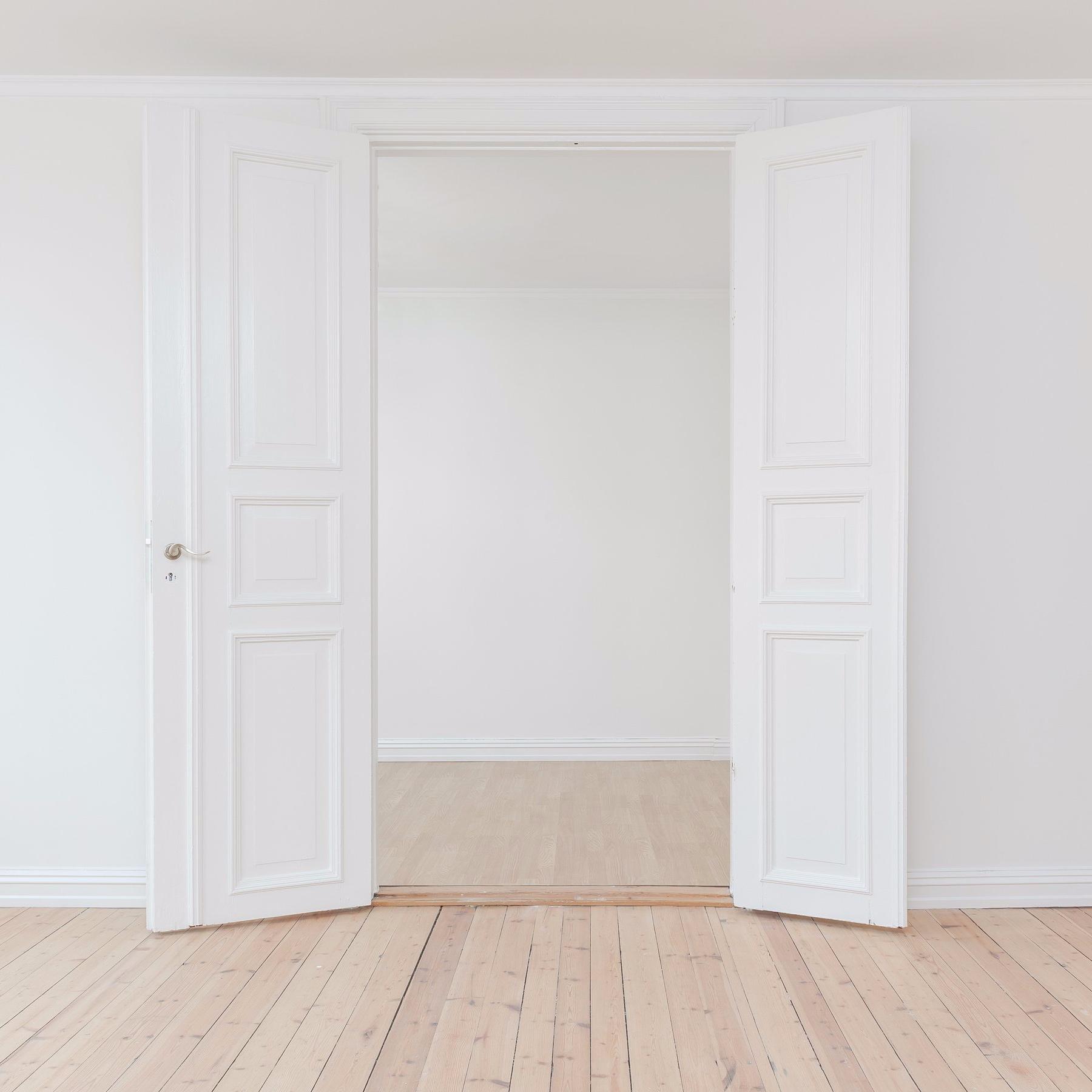 white+door.jpg