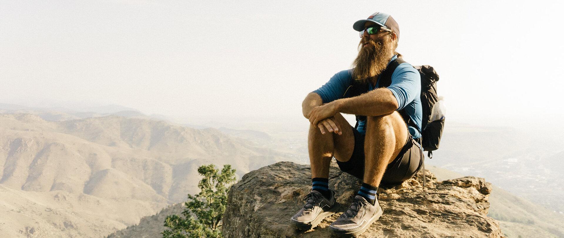 MOUNTAIN SMITH - THE HIKING VIKING -