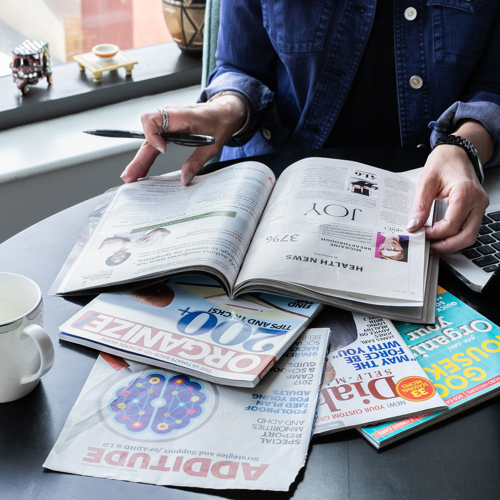 Leslie's Publications -