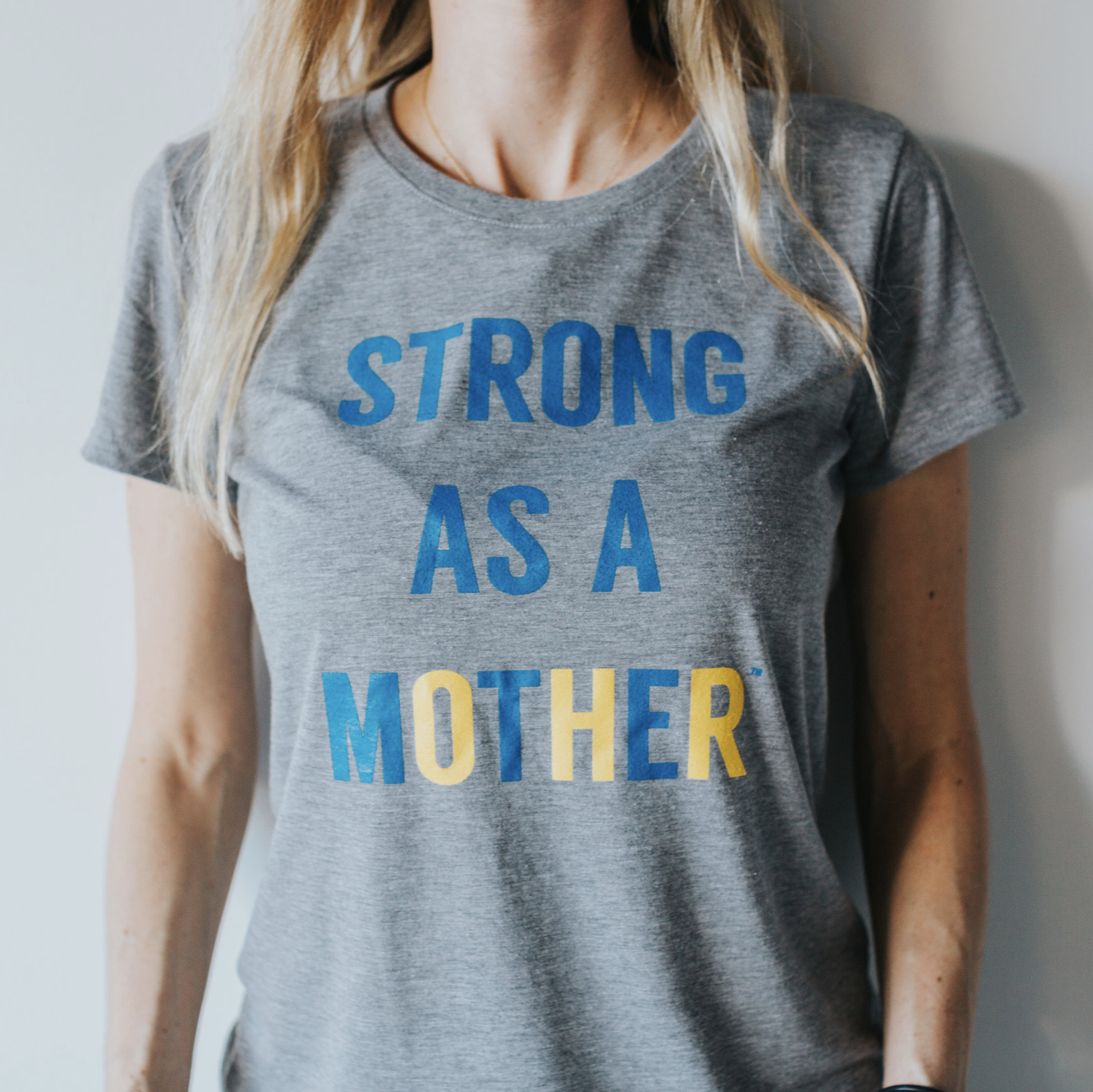 STRONG AS A MOTHER - T shirts
