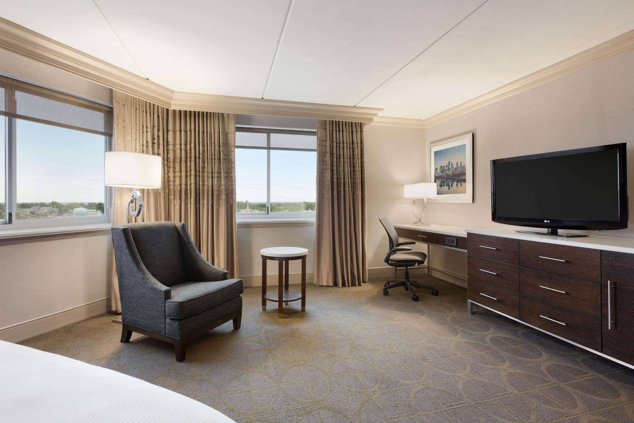 Hilton Philadelphia City Avenue - 1 King Executive Guest Room 2 - 1168280 copy.jpg