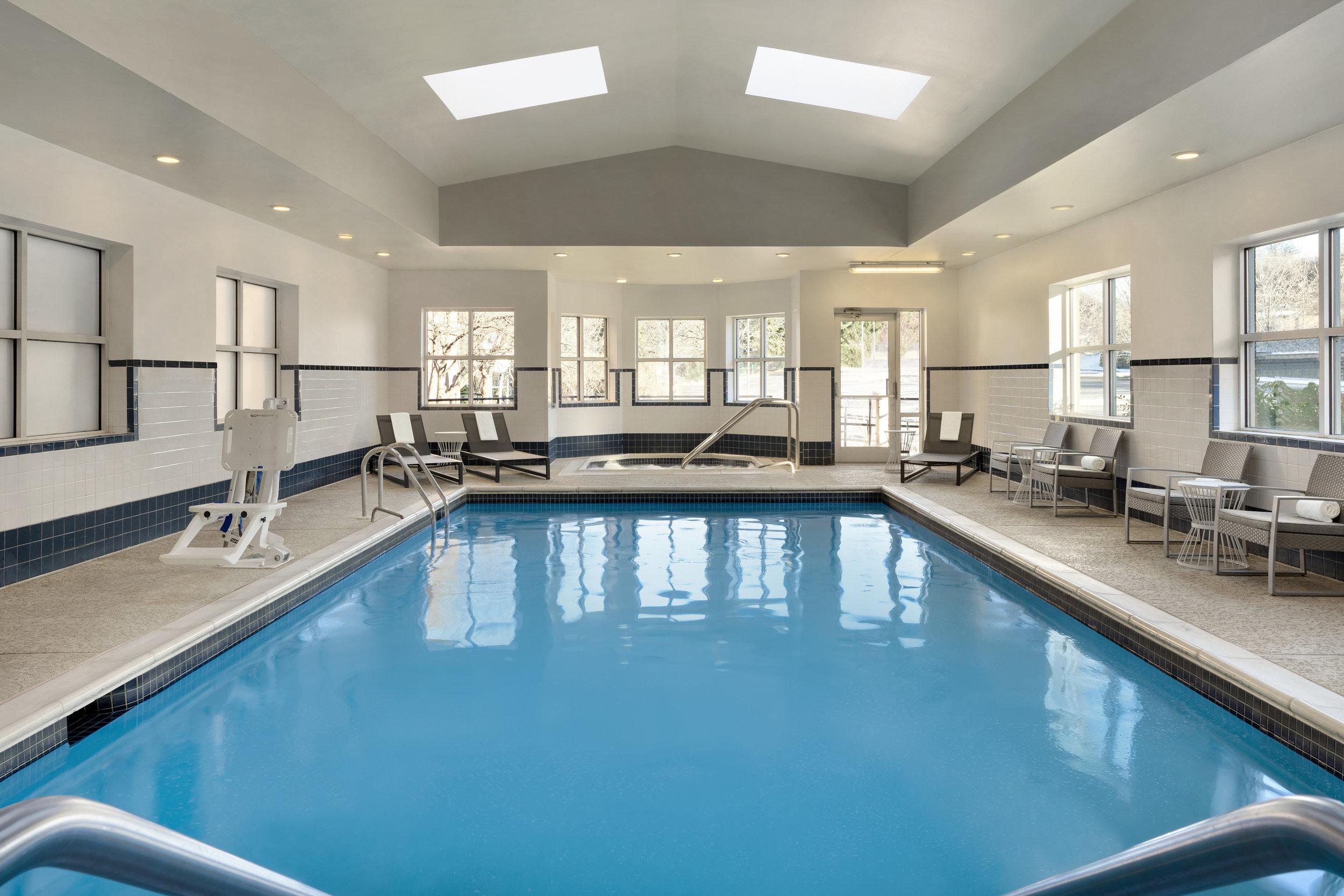 Hyatt-Place-Philadelphia-King-of-Prussia-Pool.jpg