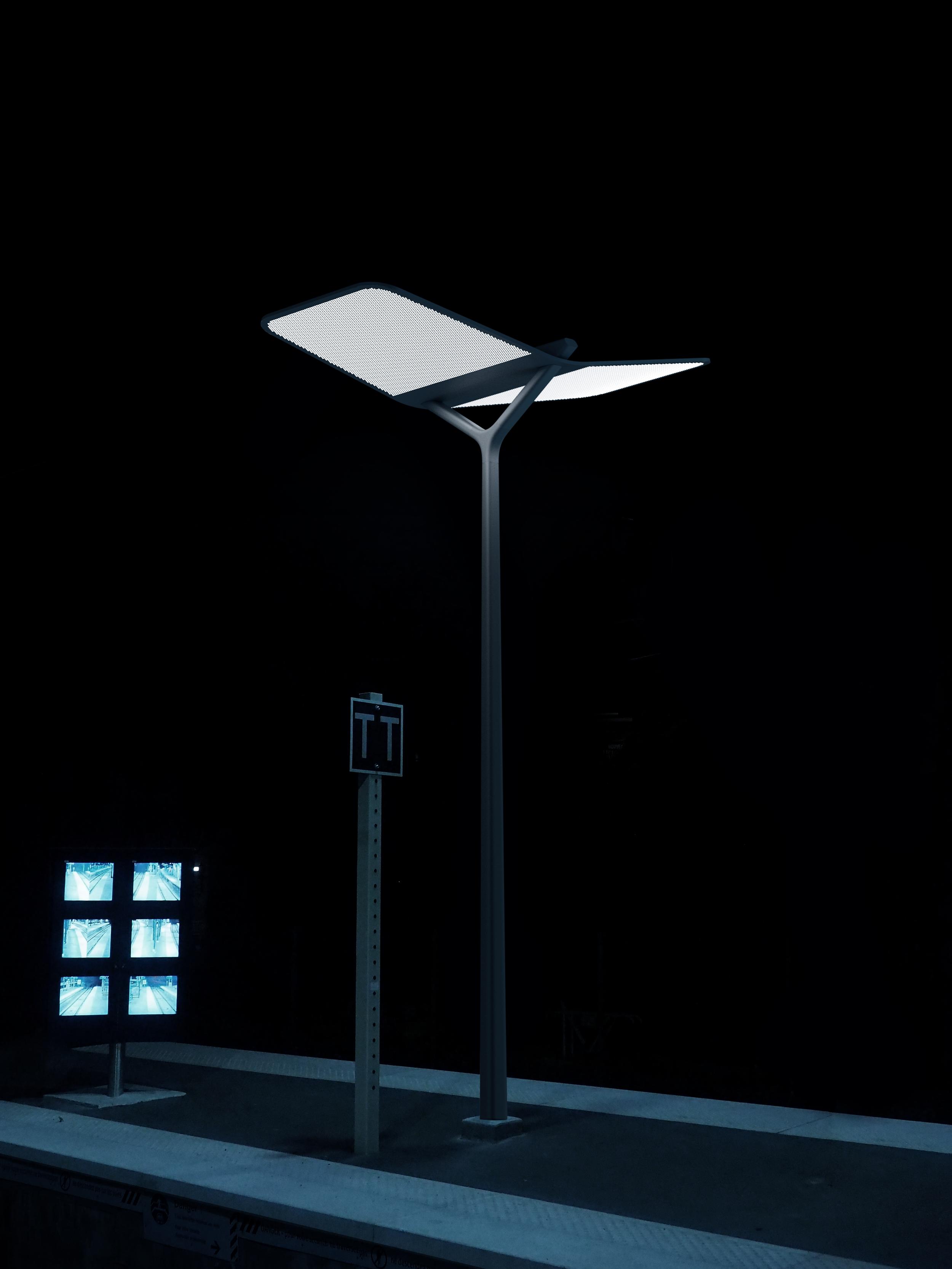 Conception d'un lampadaire pour une gamme de mobilier urbain   Partenaire : La Société du Grand Paris