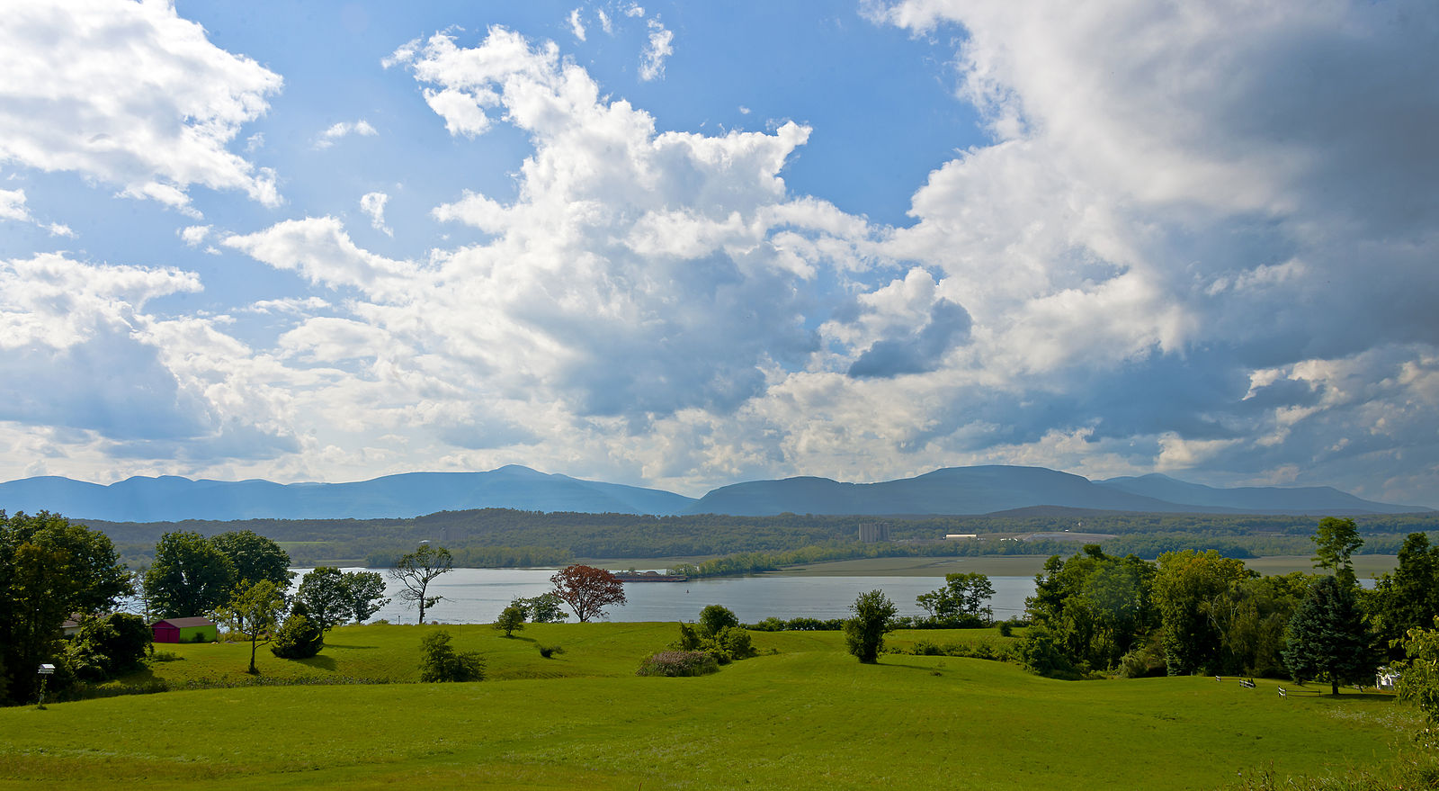 Hudson River Valley, NYJune 19-24, 2019 -