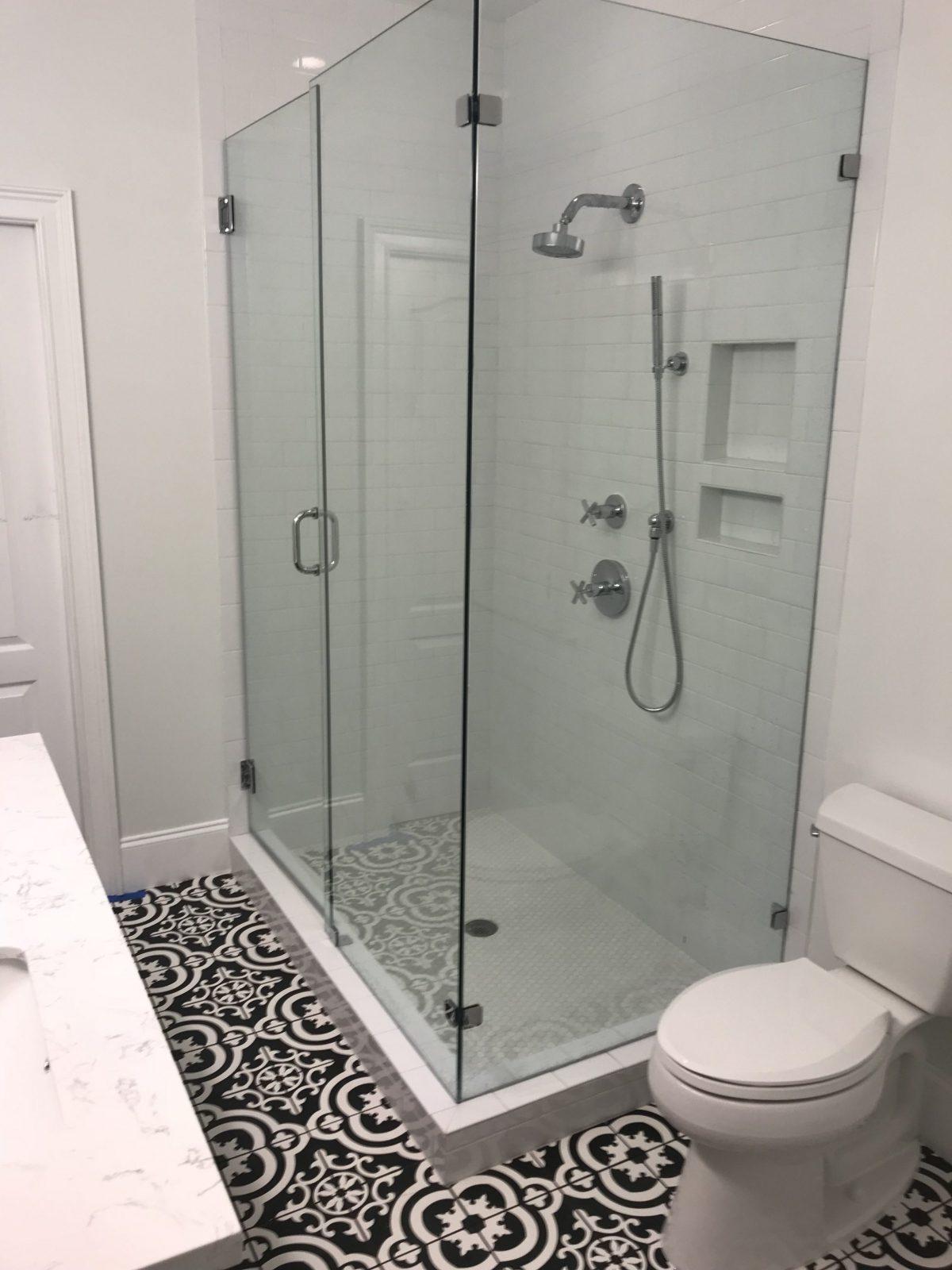 Modern Bathroom - Charleston, South Carolina